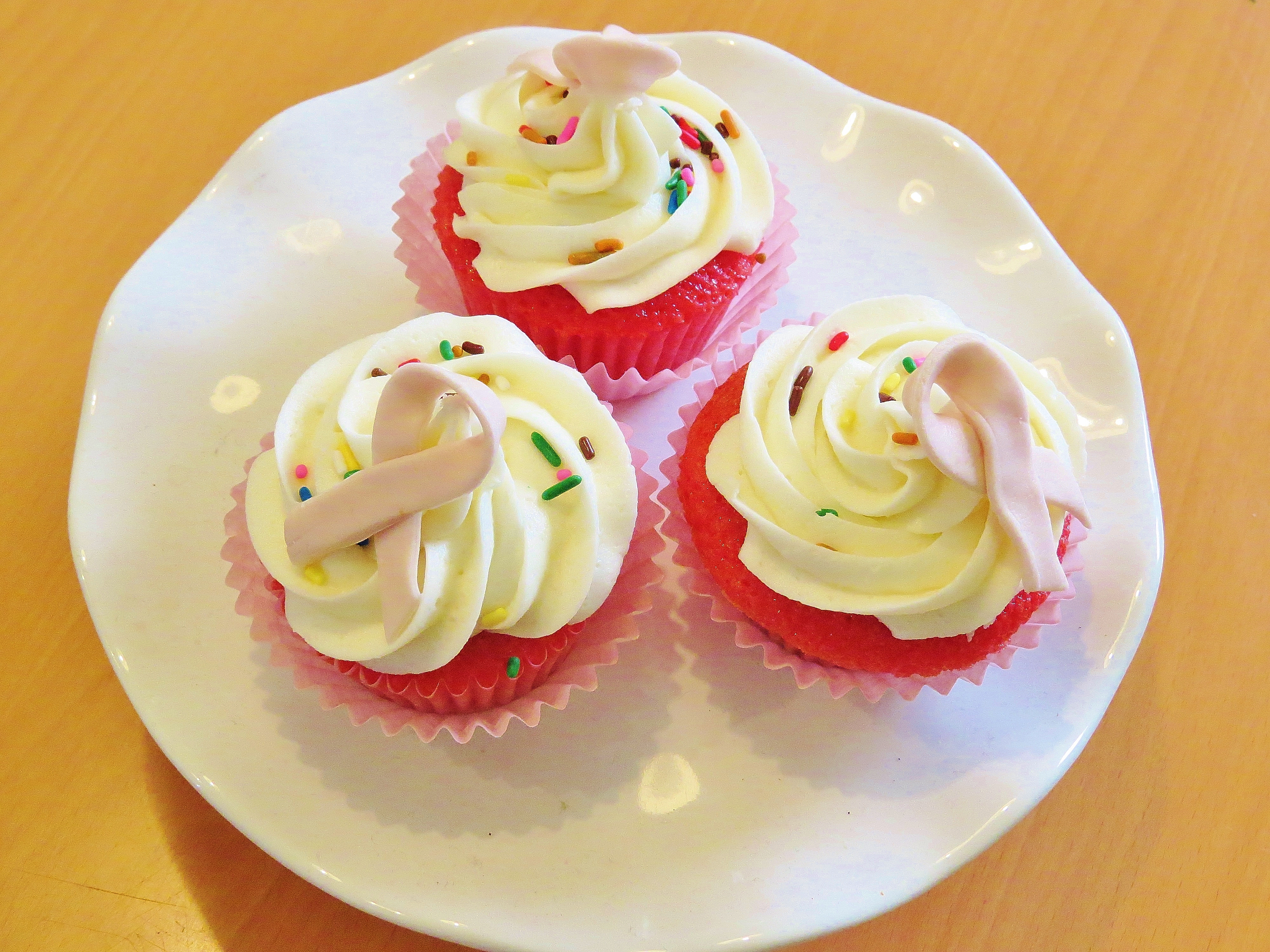 breast cancer awareness month, berry cupcakes, vanilla frosting, vanilla icing