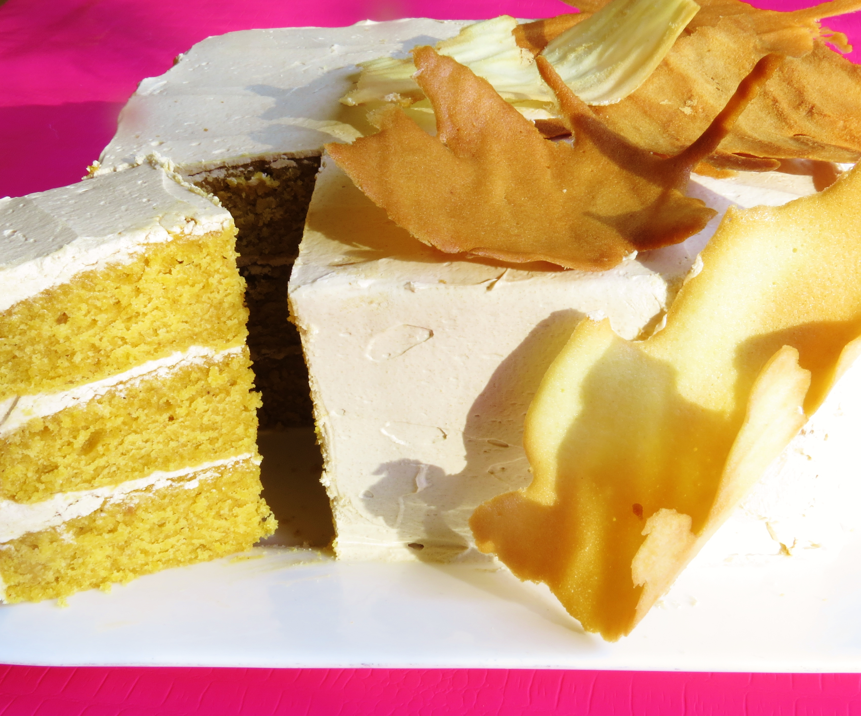 pumpkin spice latte cake, pumpkin cake, spice cake, latte, buttercream, cake, dessert