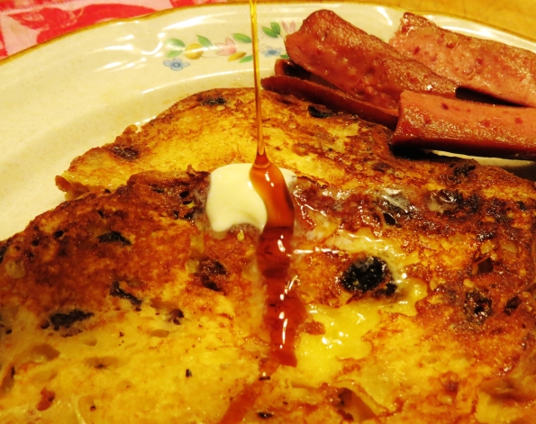 French toast, syrup, butter, panettone, breakfast, brunch, Christmas