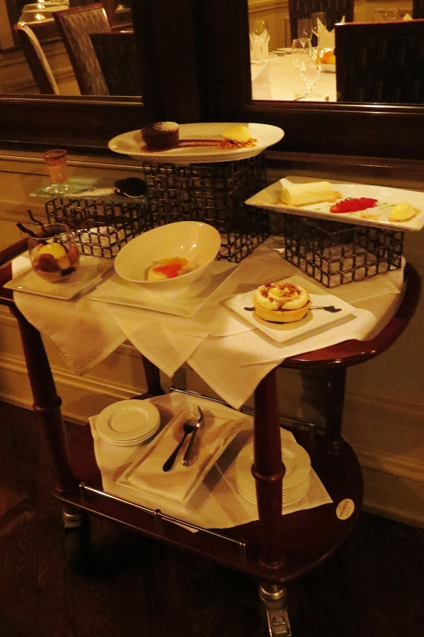 Check out this dessert cart.  My GOODNESS!  They have a lot of great selections.