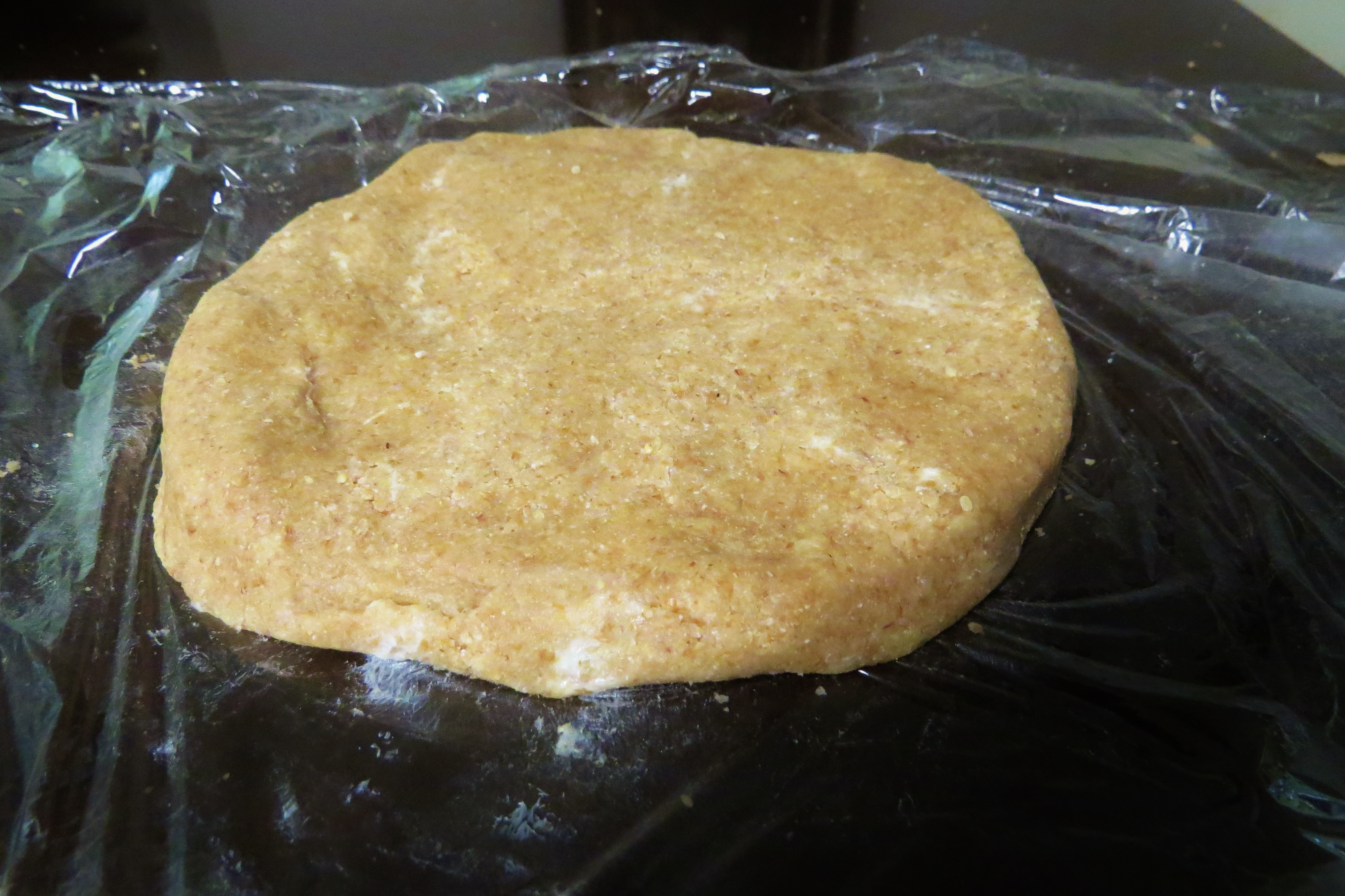 Apple Pie- Whole Wheat Pie Crust and Oat Crunch Topping | sweetsavant